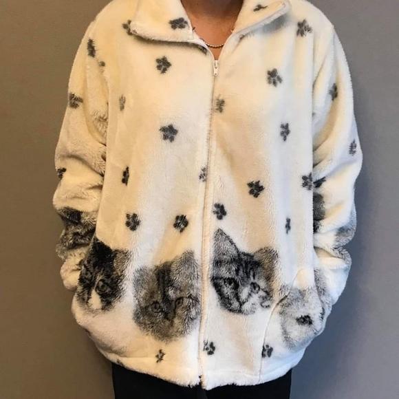 Vintage cat fleece sweater